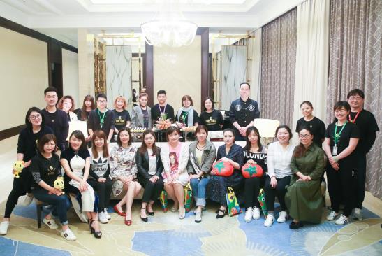 """""""The_One""""——蕃茄田艺术,走向世界的中国创新艺术教育第一品牌"""